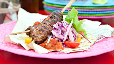 grilled-taco-skewers-in-tortillas-with-apple-coleslaw