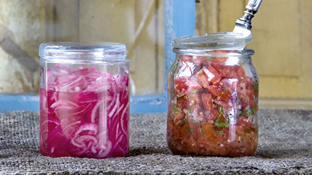 pickled-red-onion